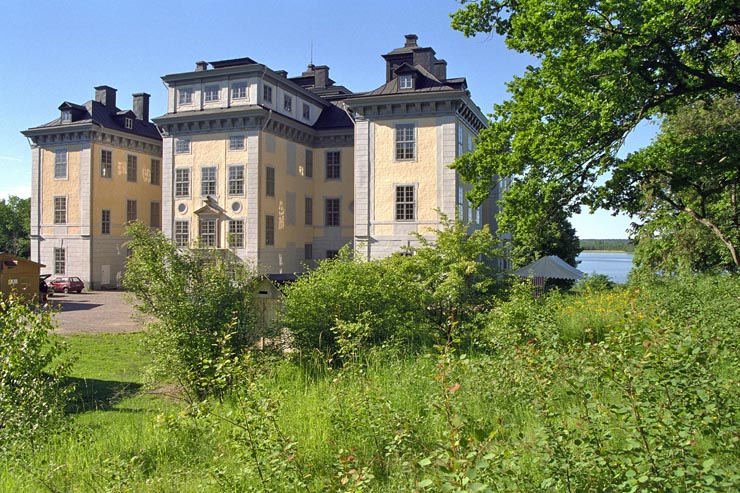 Mälsåkers slott, Stockholm Country Break